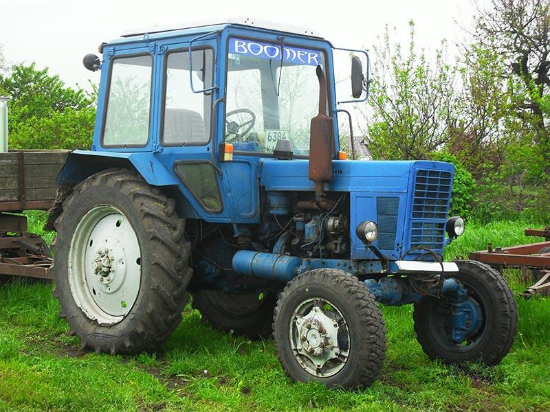 Выкуп залоговых тракторов